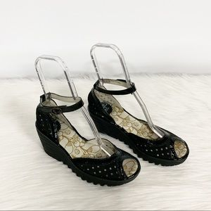 Fly London | Strappy Perforated Wedge Sandal 39